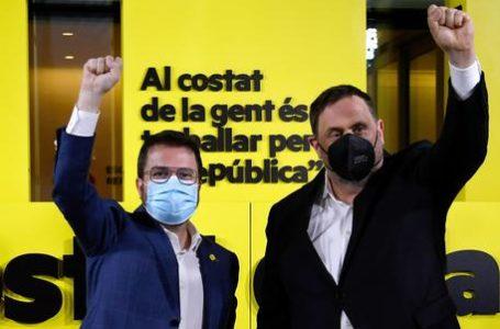 Catalogna al voto: vincono gli indipendentisti, ma…