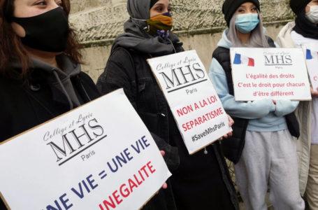 La Francia e l'islamofobia dell'hijab ban