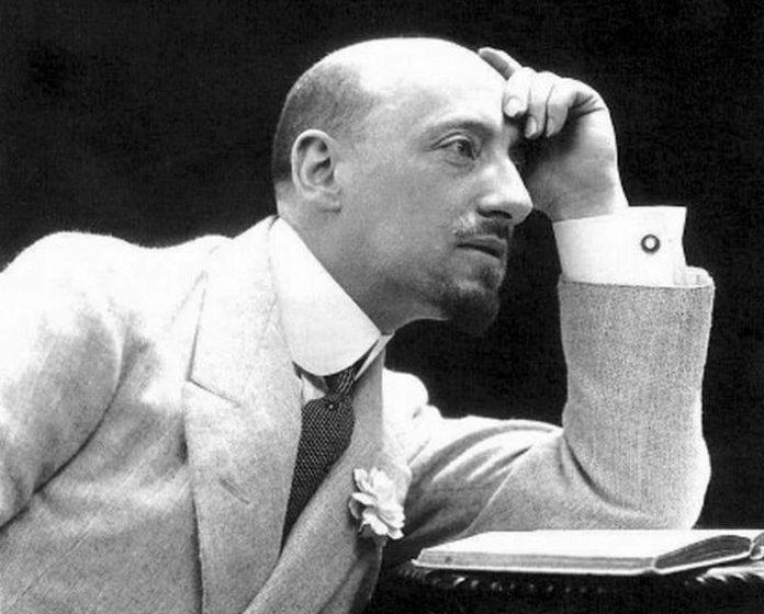 Chi era Gabriele D'Annunzio?