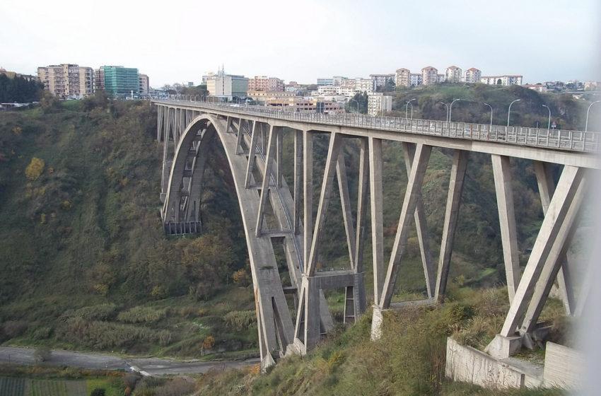 Giuseppe Veraldi, il mistero del ponte di Siano