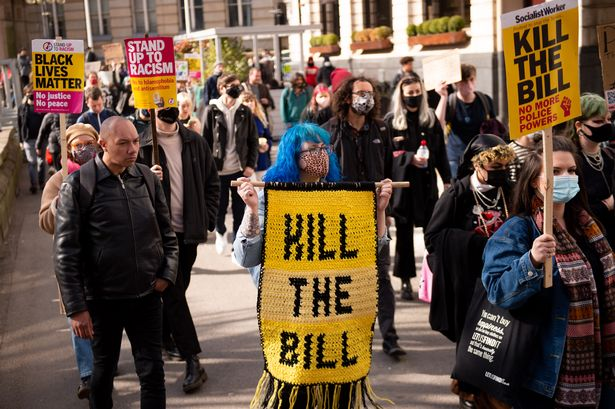 Kill the Bill, thousands protesting in London
