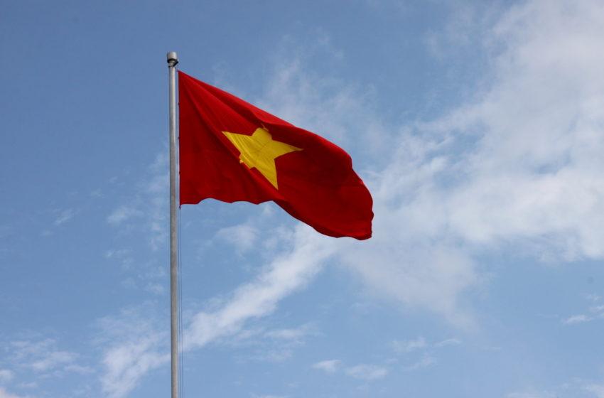 Vietnam, il governo istituisce nuove regole per i social network