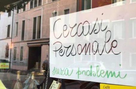 """""""Nessuno ha voglia di lavorare"""" – I giovani italiani sono stanchi di essere sfruttati"""